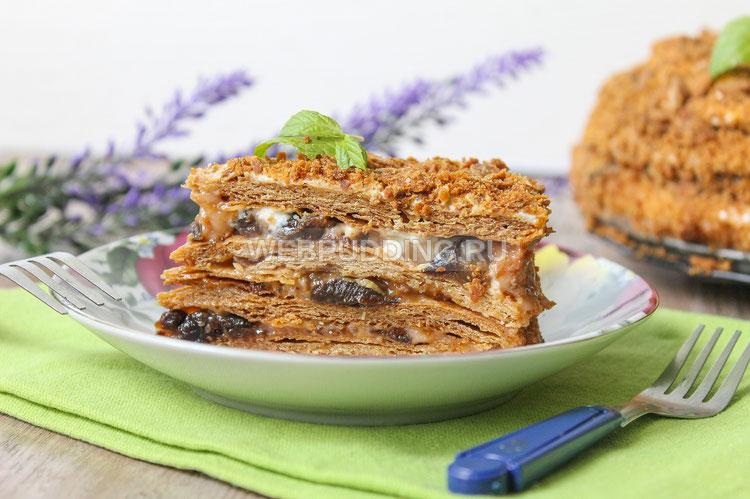 Рецепт медовика со сгущенкой сметаной фото