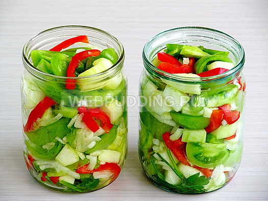 Салат в банке из зеленых помидор