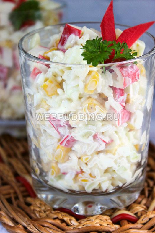 Салат из крабовых палочек с овощами с