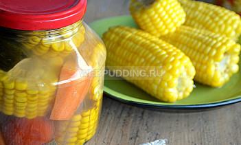 Кукуруза в початках с овощами на зиму