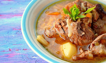 Суп с говяжьими хвостами