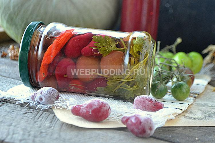 Маринованные помидоры с кизилом