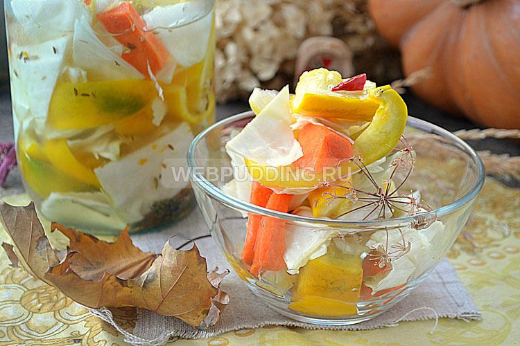 Маринованный салат с овощами и лимоном