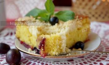 Пирог с ягодами и штрейзелем
