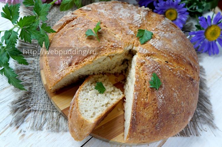 Хлеб с мёдом и овсяными хлопьями