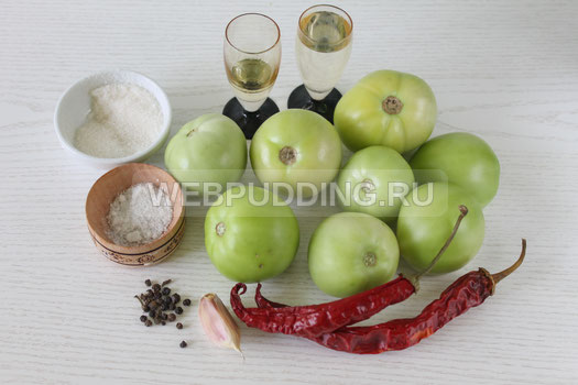 marinovannye-zelenye-pomidory-s-ostrym-percem-i-chesnokom-2