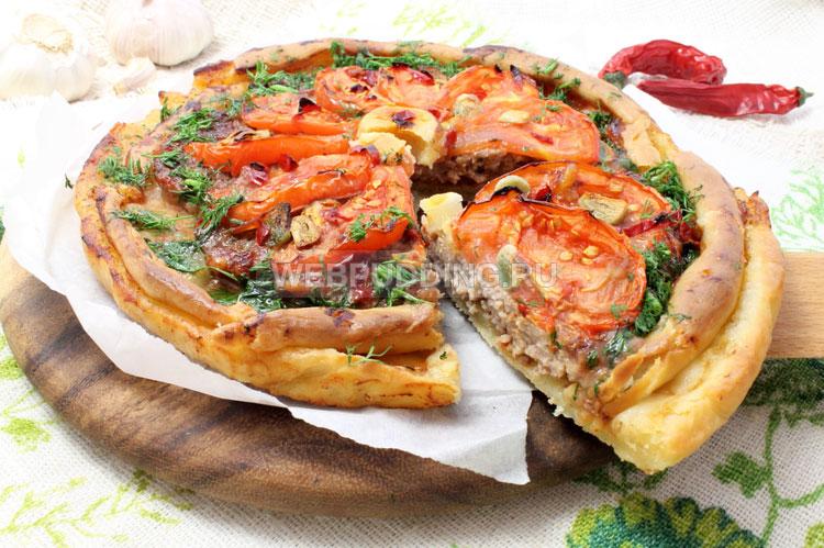 Мясной пирог с томатом