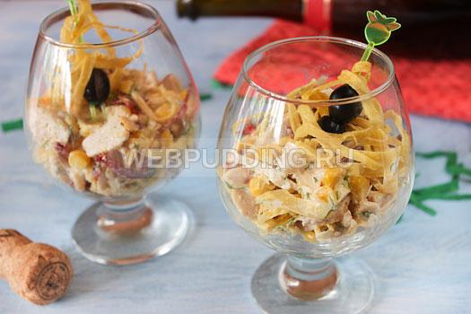 salat-s-jaichnymi-blinchikami-13