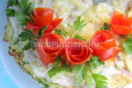 kabachkovyj-tort-s-pomidorami-16