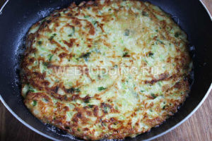 kabachkovyj-tort-s-pomidorami-5