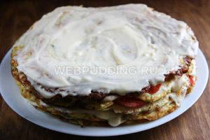 kabachkovyj-tort-s-pomidorami-9