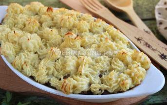 Картофельная запеканка с грибами и фаршем в духовке