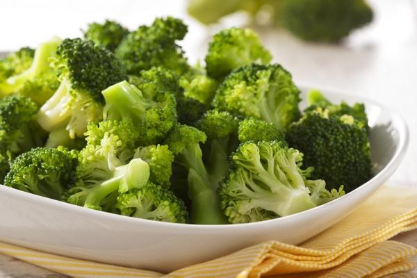 9-prichin-po-kotory-m-stoit-est-brokkoli2