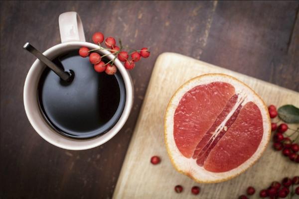 grejpfrut-otlichny-j-kompan-on-dlya-kofe1