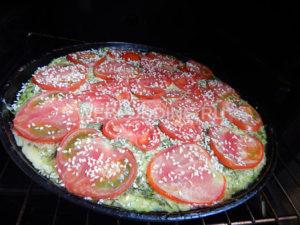 kabachkovaya-zapekanka-s-pomidorami-i-gribami-11