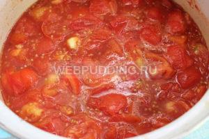 pomidory-v-sobstvennom-soku-s-chesnokom-na-zimu-4