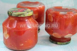 pomidory-v-sobstvennom-soku-s-chesnokom-na-zimu-9