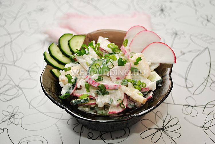 Салат с редисом и рисом