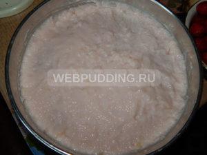 tort-bez-vypechki-s-klubnikoj-4