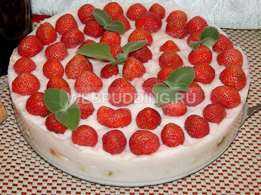 tort-bez-vypechki-s-klubnikoj-6