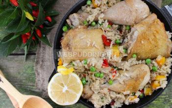 Арроз кон пойо — рис с курицей