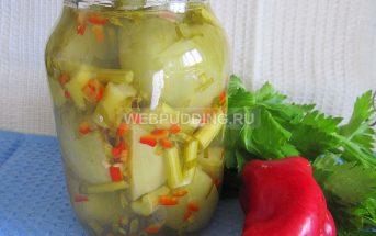 Зеленые помидоры, фаршированные сельдереем, перцем и чесноком