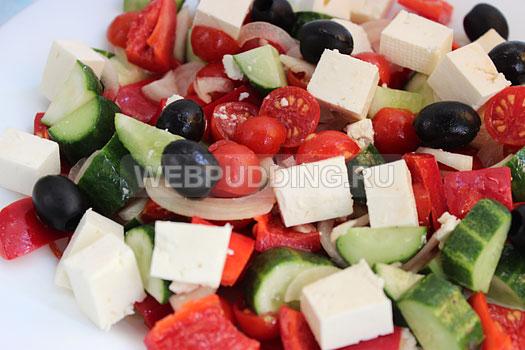 grecheskij-salat-s-brynzoj-10