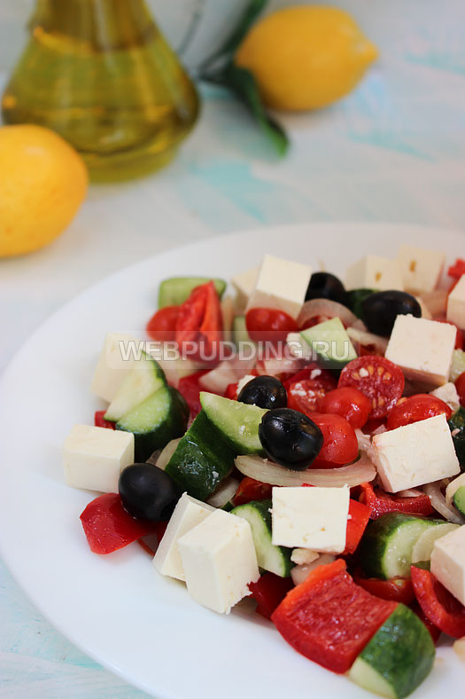 grecheskij-salat-s-brynzoj-15