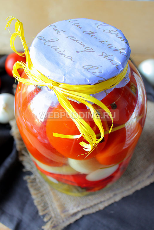 ogorod-na-zimu-iz-pomidorov-i-ogurtsov-13