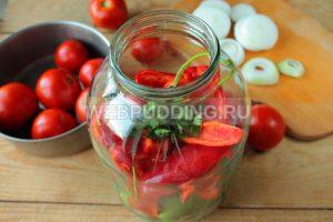 ogorod-na-zimu-iz-pomidorov-i-ogurtsov-5