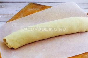 rulet-s-makom-iz-drozhzhevogo-testa-10