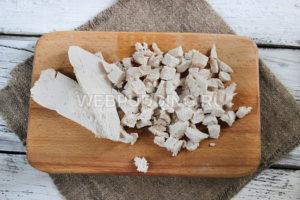 salat-s-kuricej-i-svezhimi-ogurcami-4