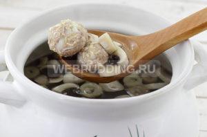 sup-gribnoj-s-myasnymi-frikadelkami-7