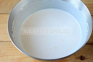 biskvitnyy-tort-s-medom-i-marshmellou-5