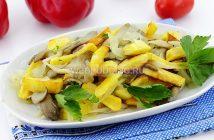 Картошка с грибами жареная на сковороде