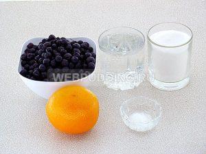 kompot-iz-chernoplodnoj-ryabiny-s-apelsinom-1