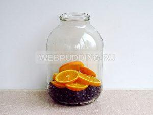 kompot-iz-chernoplodnoj-ryabiny-s-apelsinom-4