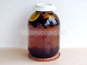 kompot-iz-chernoplodnoj-ryabiny-s-apelsinom-5