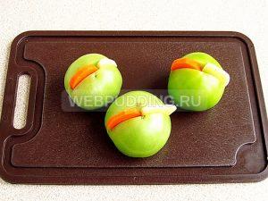 marinovannye-zelyonye-pomidory-s-morkovyu-i-chesnokom-4