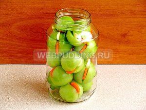 marinovannye-zelyonye-pomidory-s-morkovyu-i-chesnokom-5