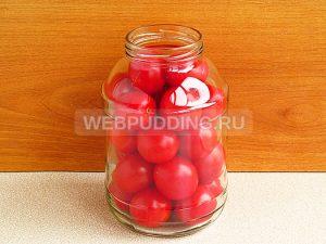 pomidory-konservirovannye-v-yablochnom-soke-4
