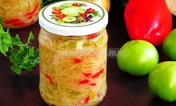 Салат из зелёных помидоров с капустой