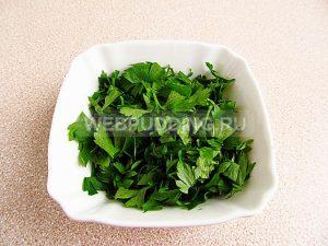 salat-iz-zelyonyh-pomidorov-zakusochnyj-5
