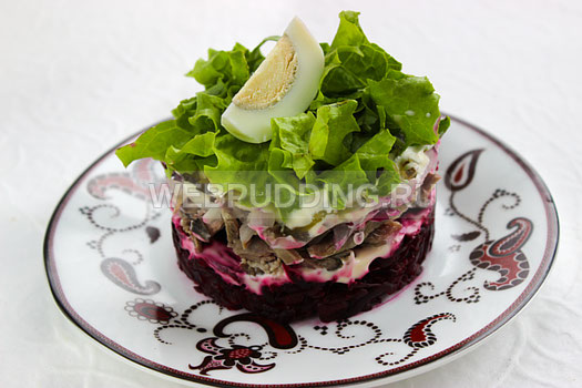 salat-s-jazykom-i-svekloj-9