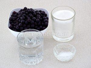 varene-iz-chernoplodnoj-ryabiny-1