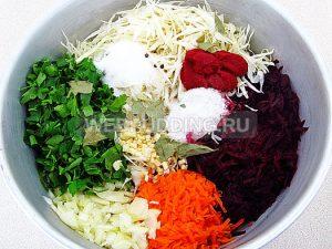 borshh-s-petrushkoj-i-chesnokom-8