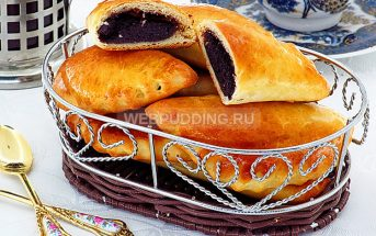 Пирожки с начинкой из сушёной черёмухи
