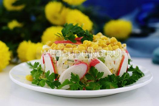 salat-iz-krabovyh-palochek-i-kukuruzy-10