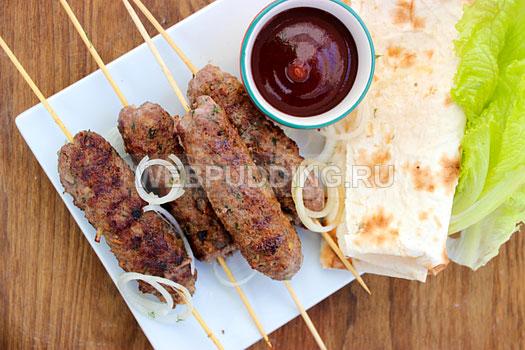 lyulya-kebab-na-skovorode-9