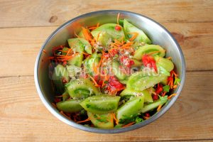 zelenye-pomidory-po-korejski-7